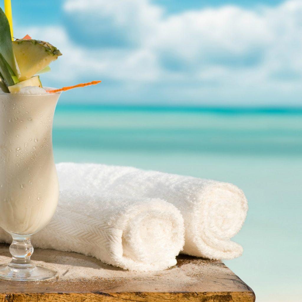 punta-cana-beach-cocktails